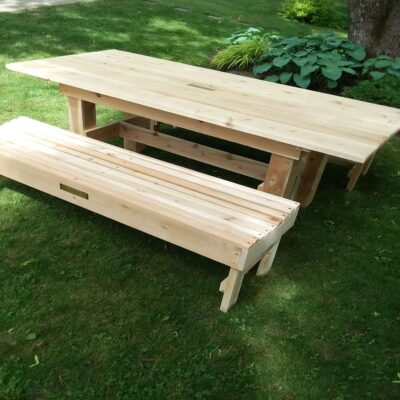 Photo of picnic table